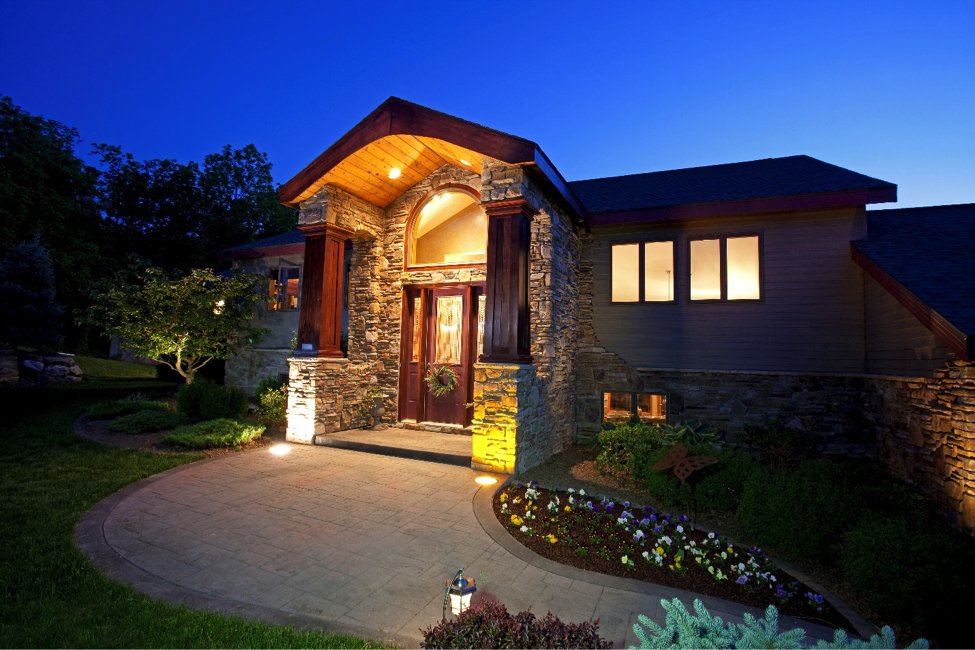 5 Ways to Improve Your Property With Landscape Lighting